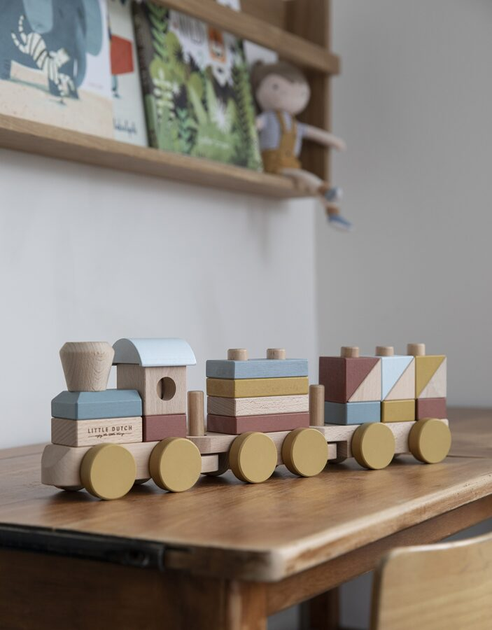 Little Dutch Stacking train – 22 pcs. LD4702