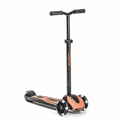 Scoot and Ride Highwaykick 5 LED Peach