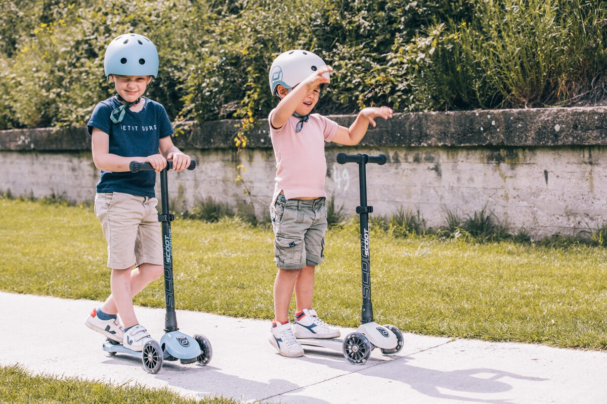 Scoot and Ride Highwaykick 3 LED Steel