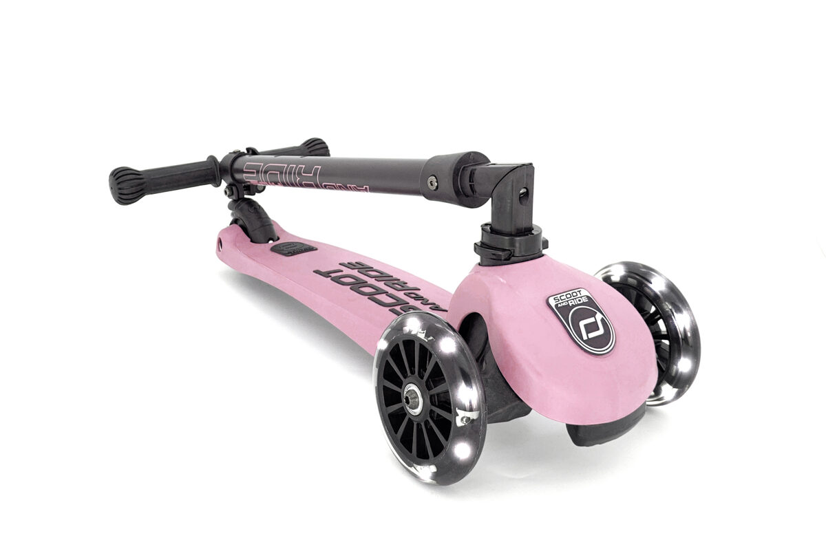 Scoot and Ride Highwaykick 3 LED Rose
